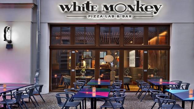 Bild im Text zu Gemeinsames Abendessen und gemütlicher Tagesausklang im White Money